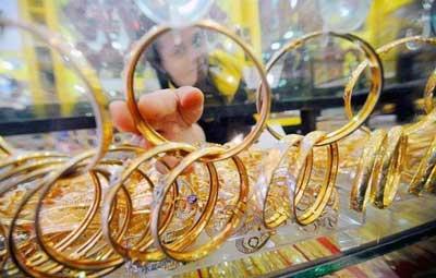 gelang emas