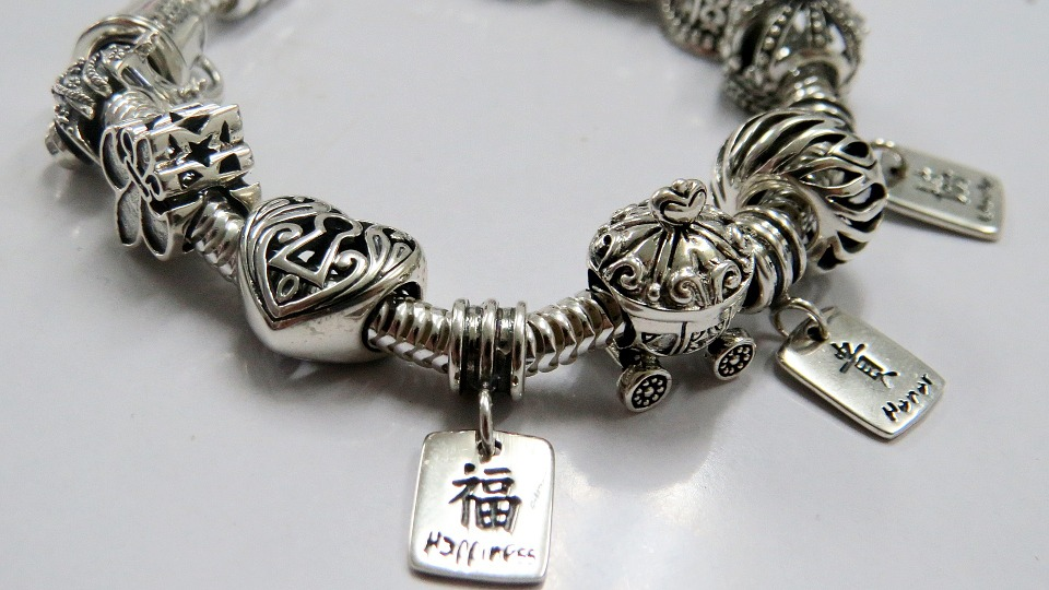 Perhiasan Perak : tips dan panduan membeli perhiasan perak