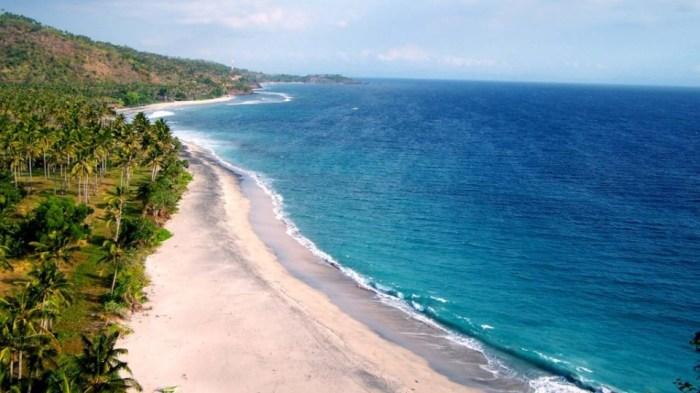 tour-lombok-ke-pantai-senggigi-lombok